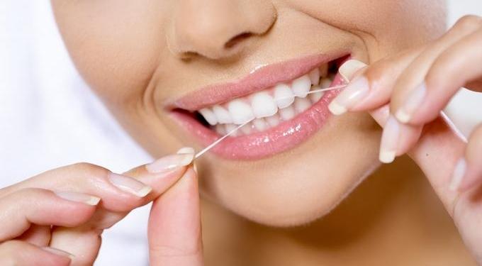 Tips Menggunakan DentalFloss